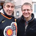 Gespräch mit Jahrhundertspieler Didi Hegen während der großen Stadionkundgebung im Januar 2015 (Aufnahme von Jörg Dietrich Achenbach)
